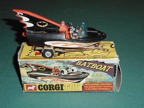 BATBOAT AND TRAILER CORGITOY # 107 with BATMAN & ROBIN to fit CORGI BATMOBILE