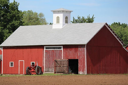 Barn Red_edited.jpg