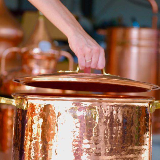 fermeture de la marmite en cuivre.jpg