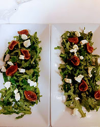 Organic Arugula, dried figs, white balsa
