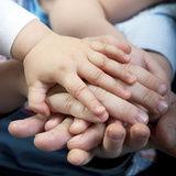 Psychologue Psychothérapeute  main dans la main