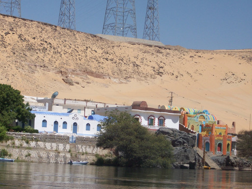 Nubian lodges over looking the Nile.