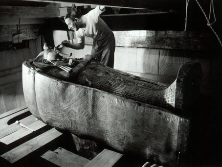 Tut Ankh Amun: Archeology of the Tomb