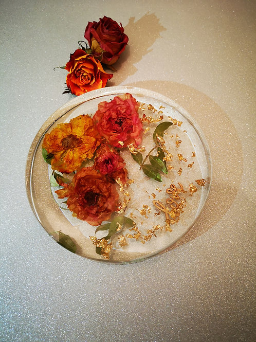 Preserved Flowers in resin disc