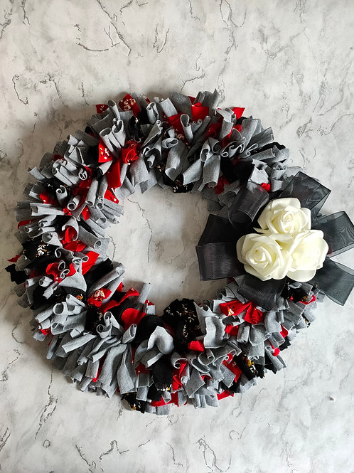 Rag wreath with Roses