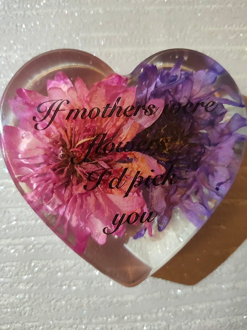 8cm personalised resin heart with a flower set in it, wording of choice.