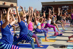 2015 Mets Yoga Day at Citi Field
