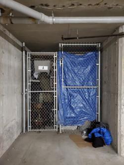 Unit storage locker