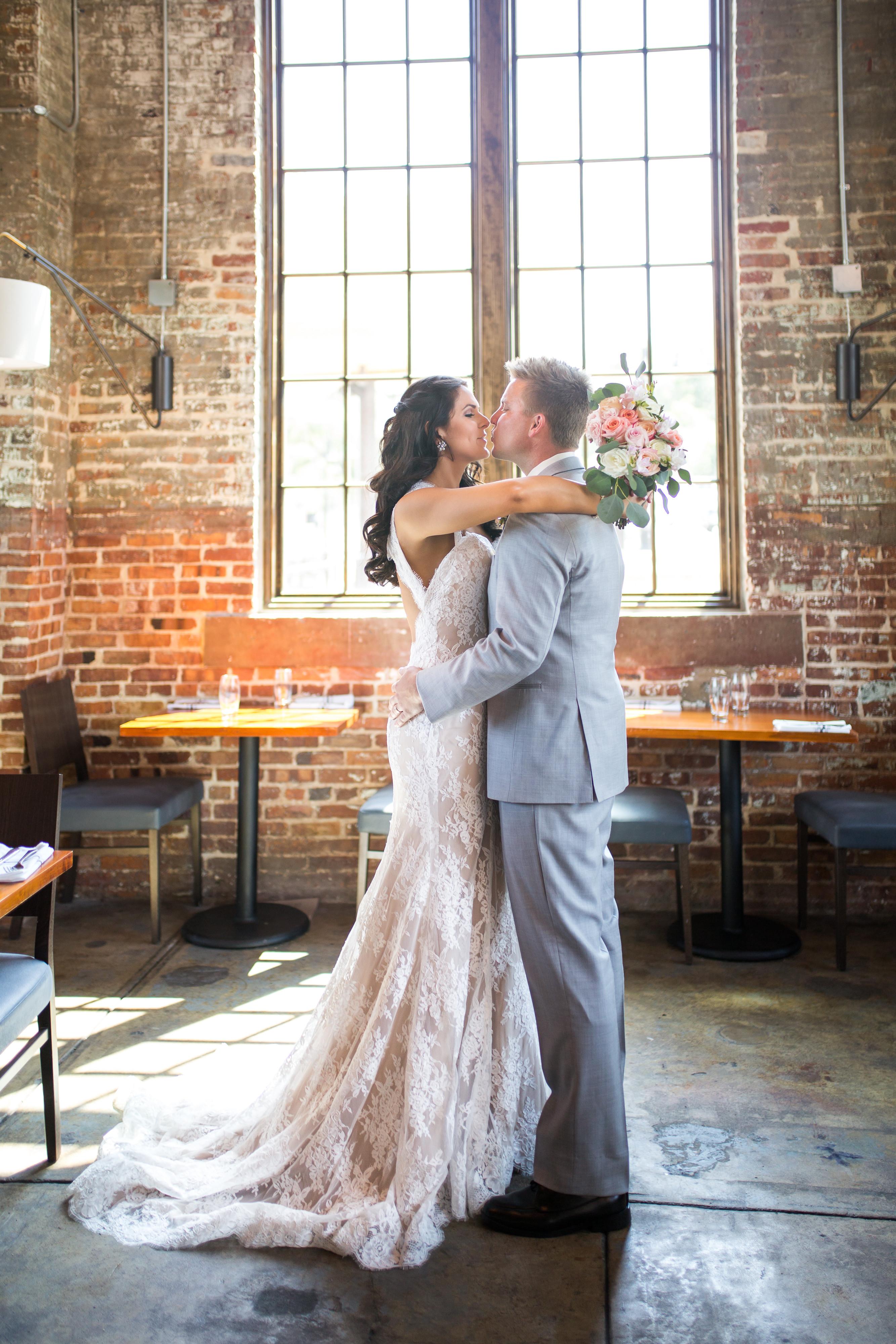 4-HR WEDDING