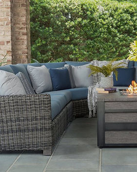 Ebel Outdoor Furiture Avallon Sectional