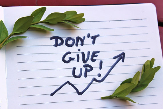 dont-give-up-3403779_1920.jpg
