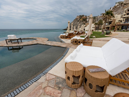 5 REASONS WHY LOS CABOS SHOULD BE THE NEXT PLACE YOU VISIT