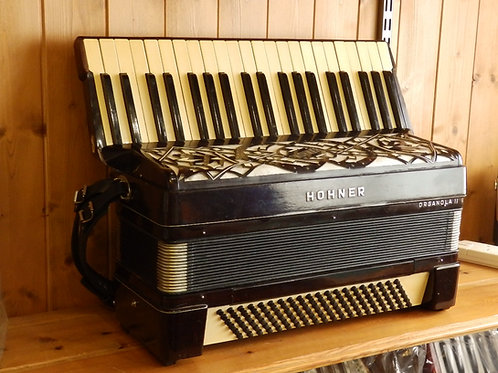 Hohner Organola II Piano Accordion
