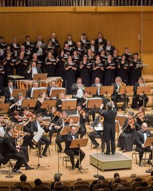 ABOUT_orchestre symphonique.jpg