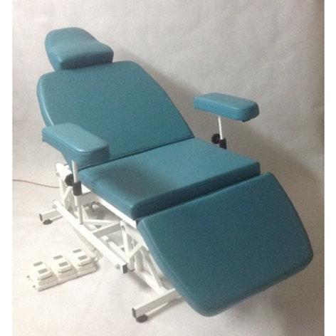 Кресло отоларинголога 4-х секционное с автоматической регулировкой высоты и автоматической регулировкой секции спины. Использ