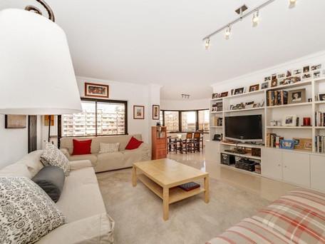 Apartment 4 Bedroom  in a prestigious building - Laranjeiras - Lisboa