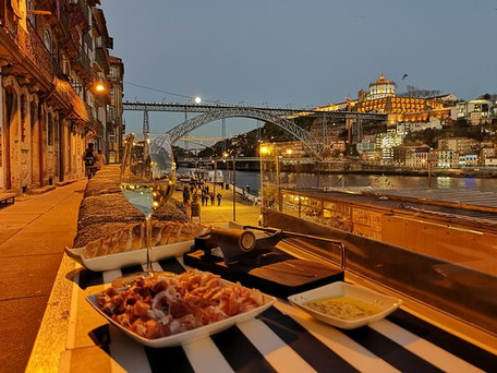 Eating for 7 euros and drinking for two… Porto is the seventh cheapest city in the world for tourist