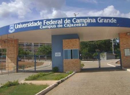 Reitoria da UFCG emite nota e relata que formação de alunos será afetada com cortes de verbas