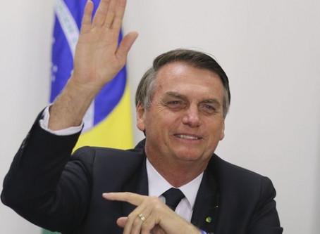 Presidente Bolsonaro sinaliza Moro no STF e diz que governo vai corrigir tabela do Imposto de Renda
