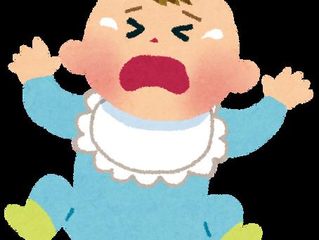 夜泣きの原因とその対処法