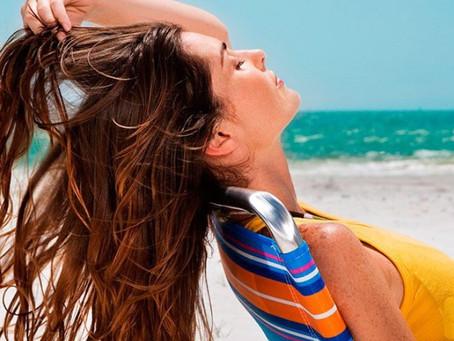 In vacanza non dimenticarti dei tuoi capelli , qui ti diciamo cosa fare