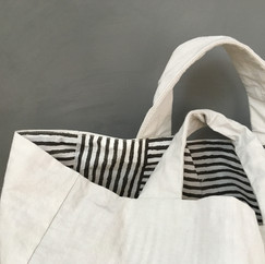 Plum Charcoal Print Stitchless Tote