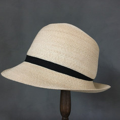 Abaca Straw Hat with Darts / Normal Brim