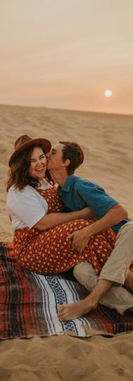 Hannah + Josh // Jockey's Ridge Outer Banks, NC Couples Session