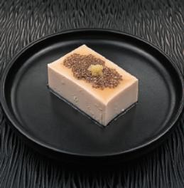 Tofu avec sauce aux graines e chia - Vinaigre Tosazu