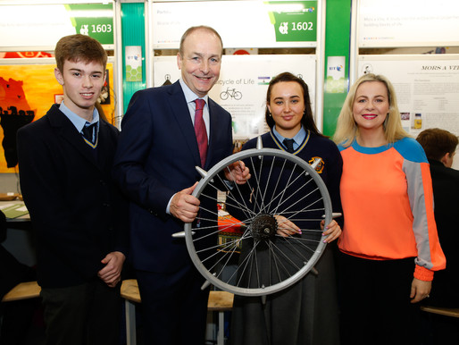 Fianna Fáil Leader meets Fingal students at BT Young Scientist Exhibition