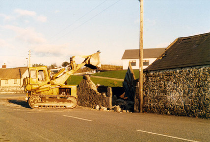 Balrothery, Maguires Nov 1986 # 3.jpg