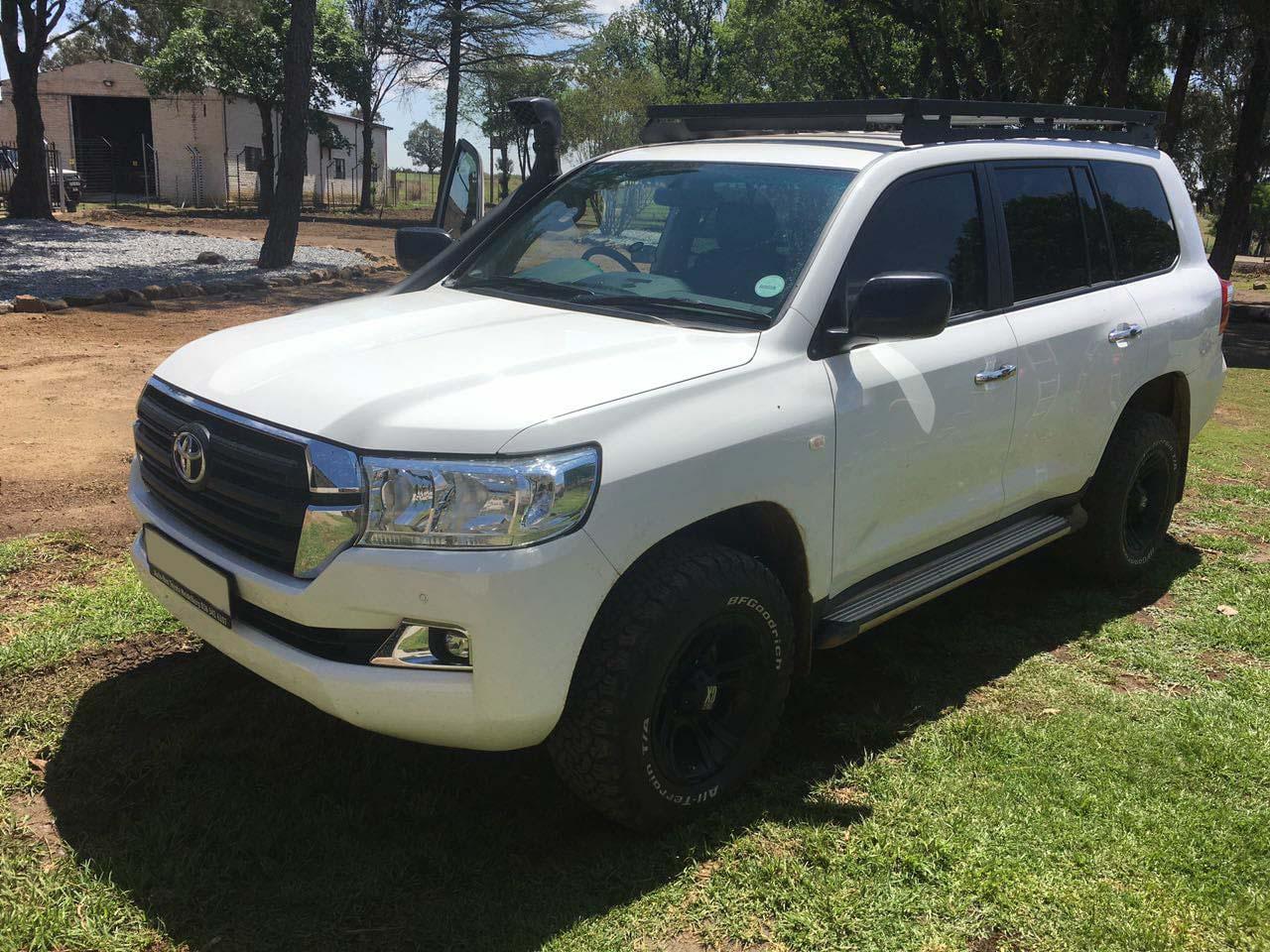Rk motion Toyota VX Land Cruiser