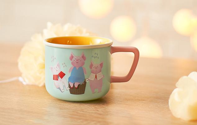 10 oz 小豬一家團圓馬克杯 (10 oz happy family mug)