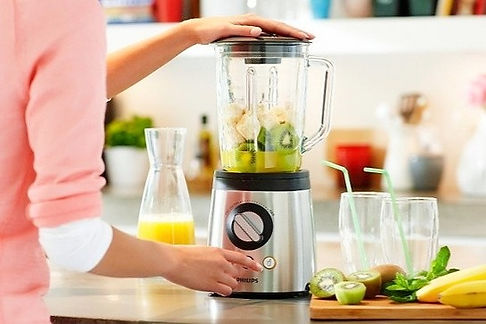 how-to-use-a-blender-tips-for-beginners_
