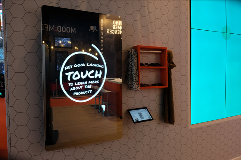 pcap-touch-screen-magic-mirror-interactive-wall-mounted-giant-tablet-02