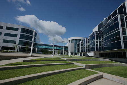 buildings at the SUNY Poly Albany Campus