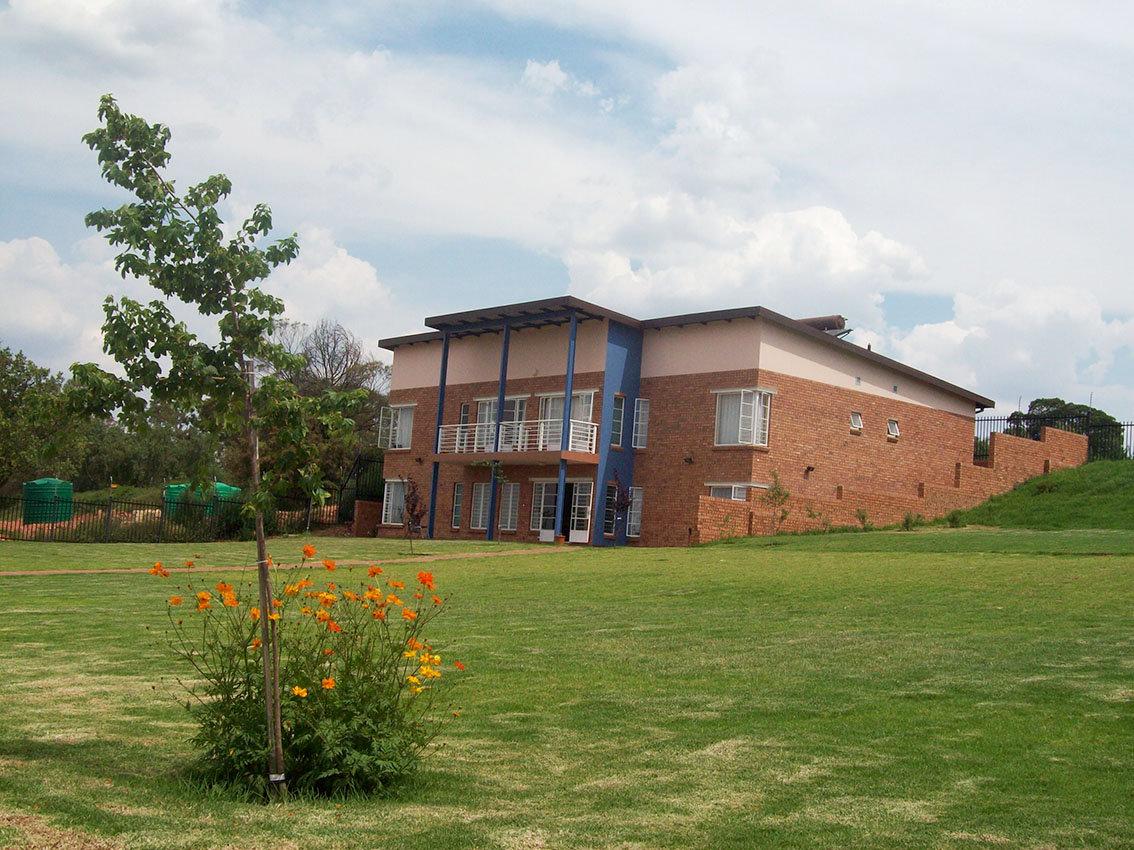 Community House Tour
