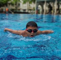 Kid_Swimming_Lessons00da9eca-2e21-4789-8