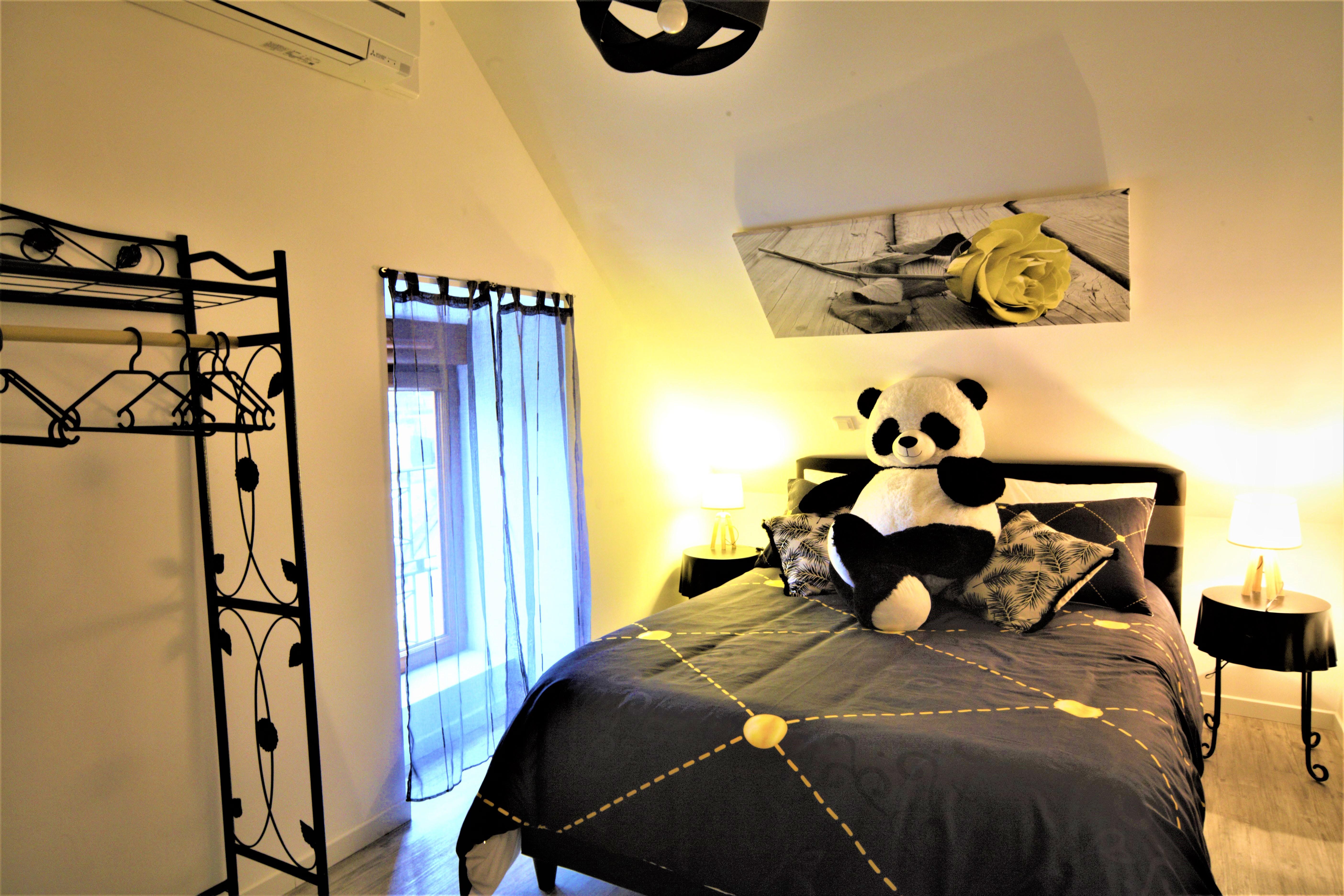 Chambre l'éperon Panda (2)