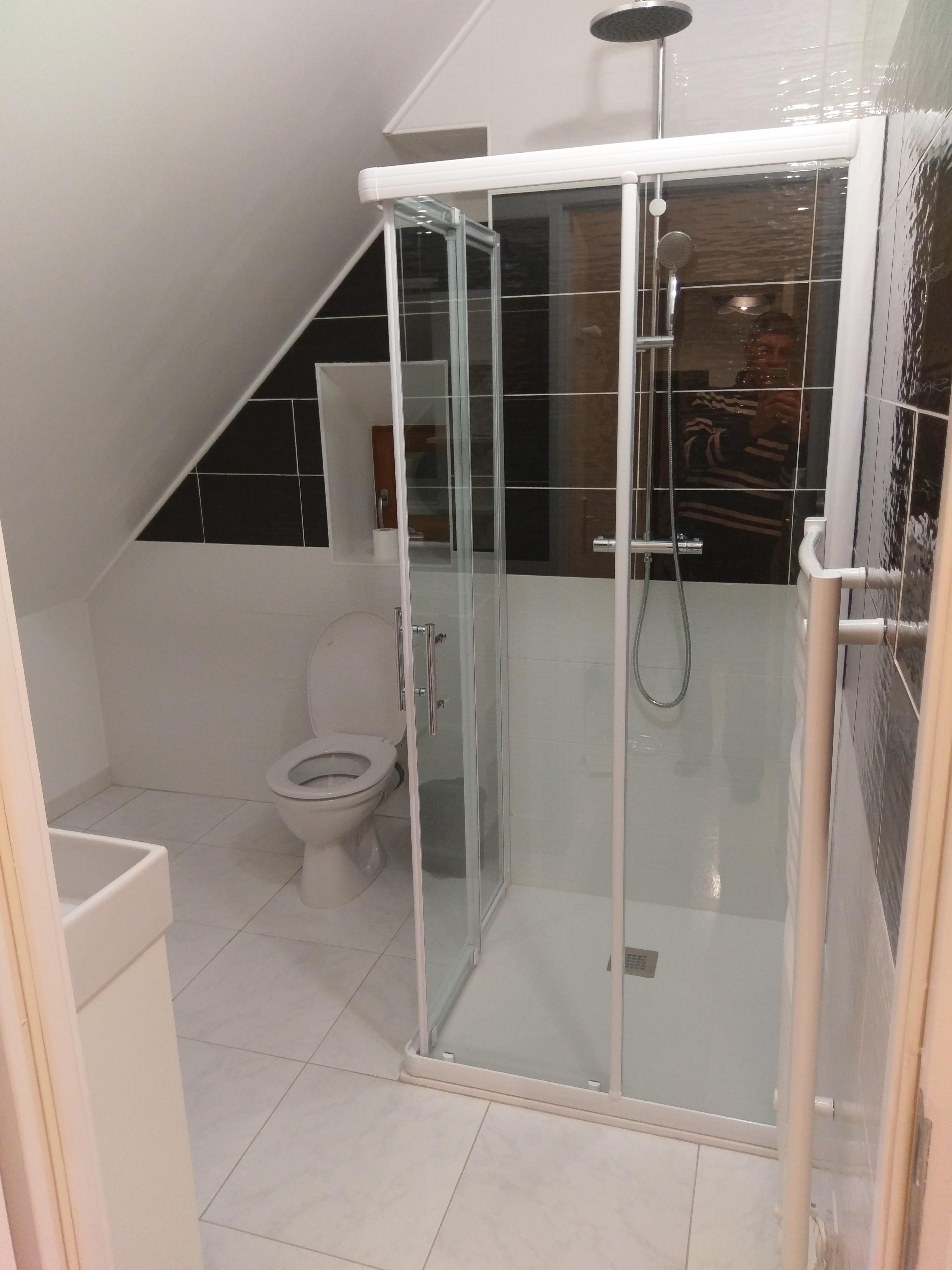 Salle de bain+toilette