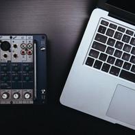 COMPUTER MUSIC - Lezioni individuali online (30 min, 45 min o 1 ora) PRIMA LEZIONE GRATUITA