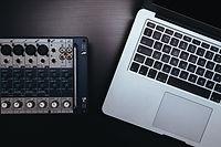 Skapar musik