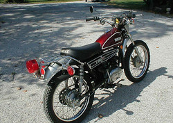 1974-Yamaha-DT125-Red-124-1