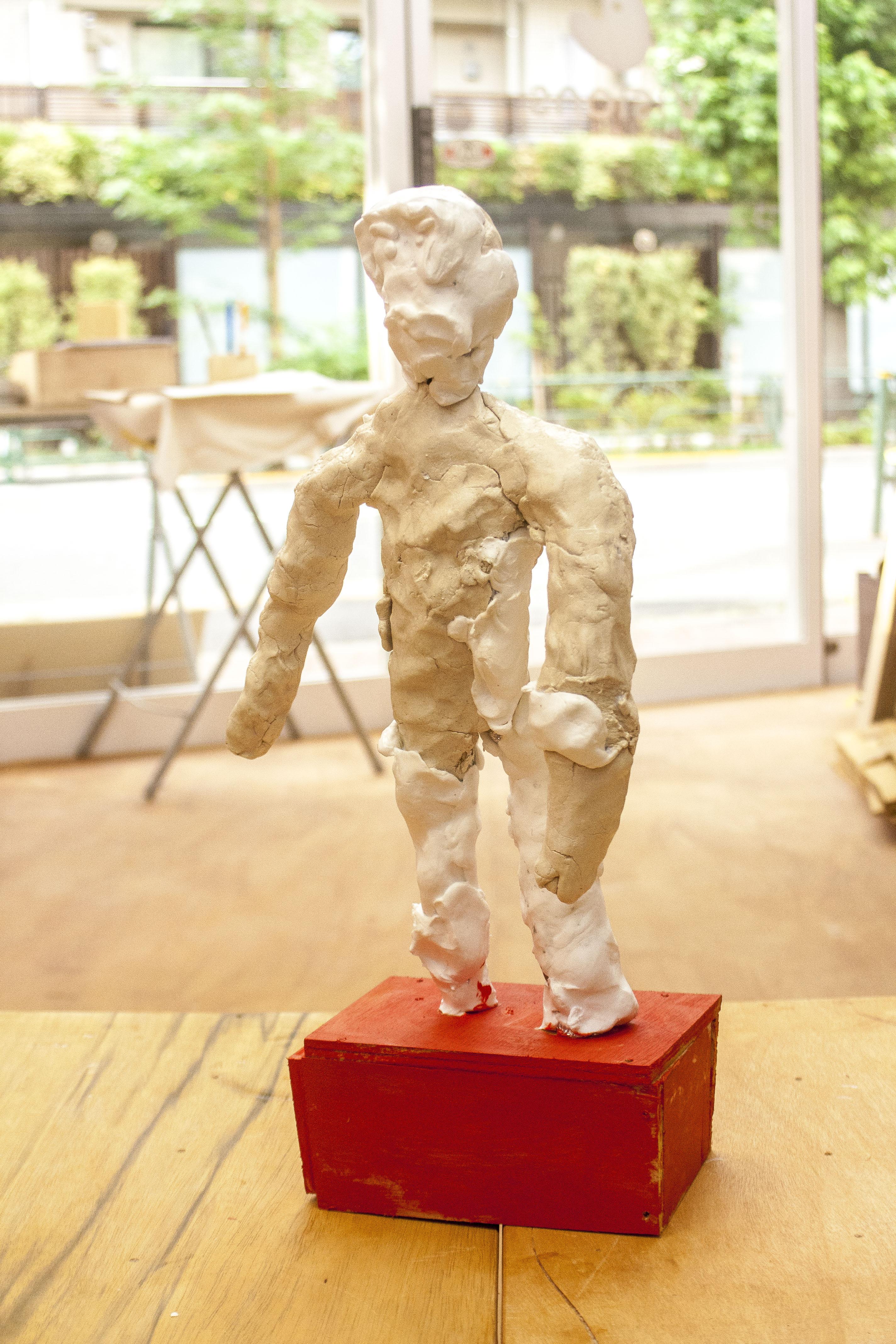小2男子「おとこ彫刻」