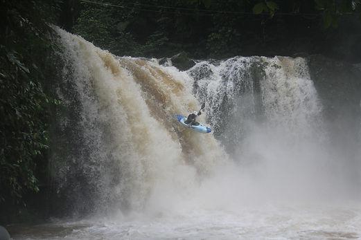 Costa Rica Rivers & Rainforest, Pozo Azul waterfall, whitewater kayaking