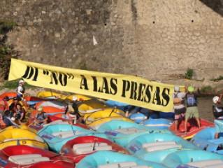 """Jalcomulco Needs Your Help! Di """"NO"""" A Las Presas!"""