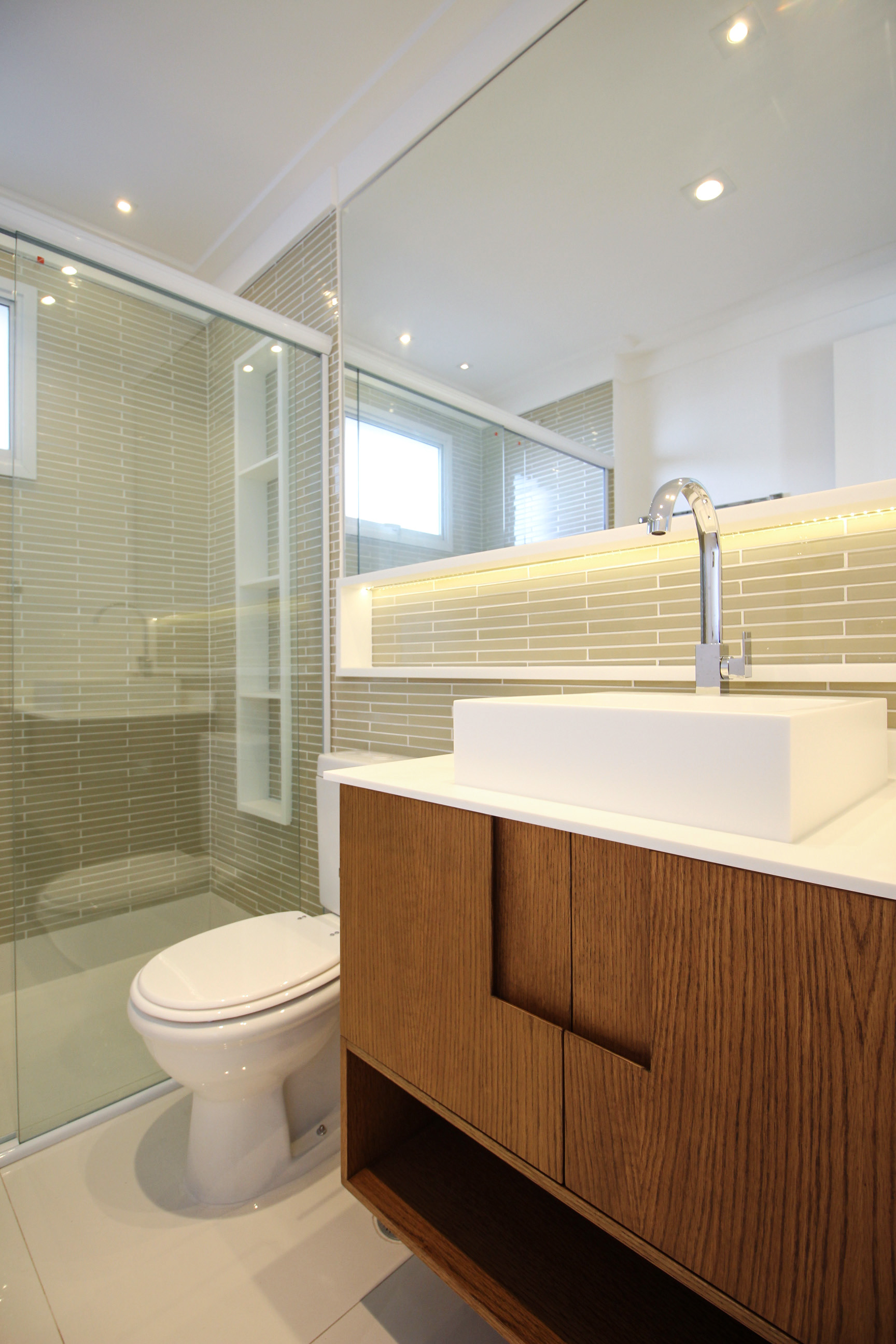 Banheiro suite 02