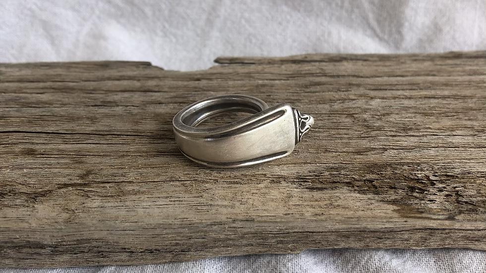 Soph ring- size M