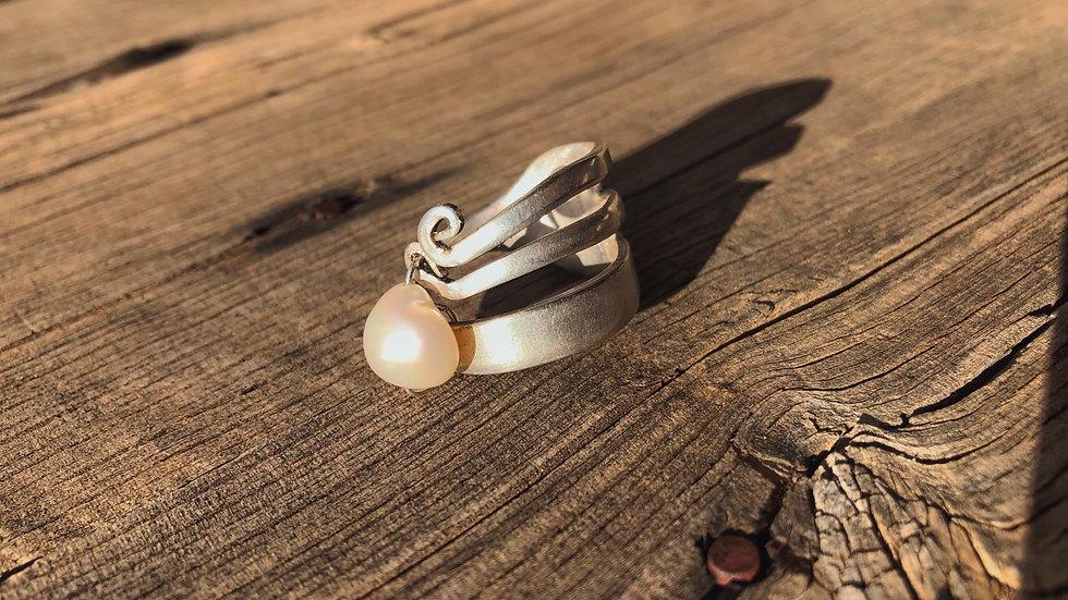Freshwater pearl x GGOC ring