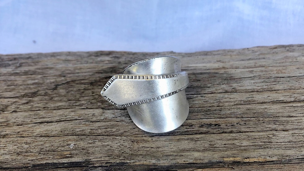 """Silver """"berty"""" ring (size T)"""